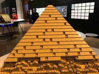 ピラミッド2.jpg